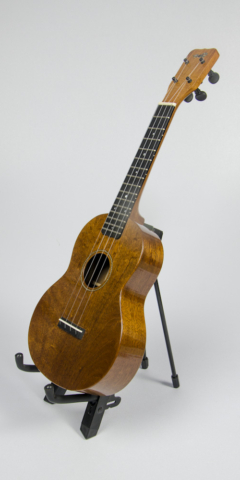 David Dart Mahogany Concert Ukulele, Style 1 (2016): mahogany top, back, sides & neck; ebony fingerboard & bridge; abalone Dart logo (hand-cut), soundhole inlay (hand-cut), & fingerboard dots
