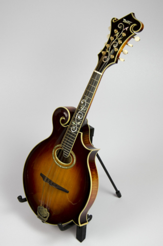 David Dart Maple & Spruce A4 Sunburst Mandola
