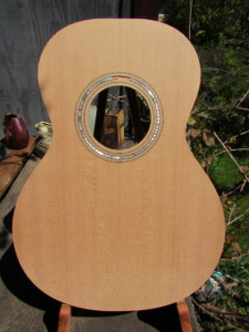 "April 2019 - spruce & cherry ""0""-size parlor guitar"